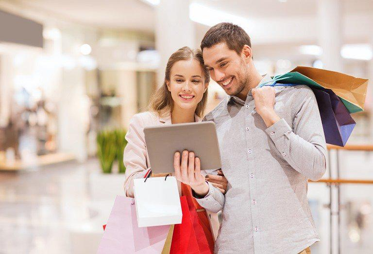 4 Tips for Smart Shopping & Saving Money