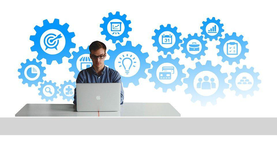 Know How an Entrepreneur Can Start Business Corporation Online
