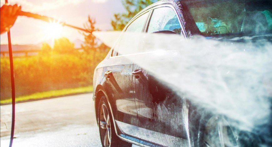 How to make your car's engine last longer: 10 tips on lubricants