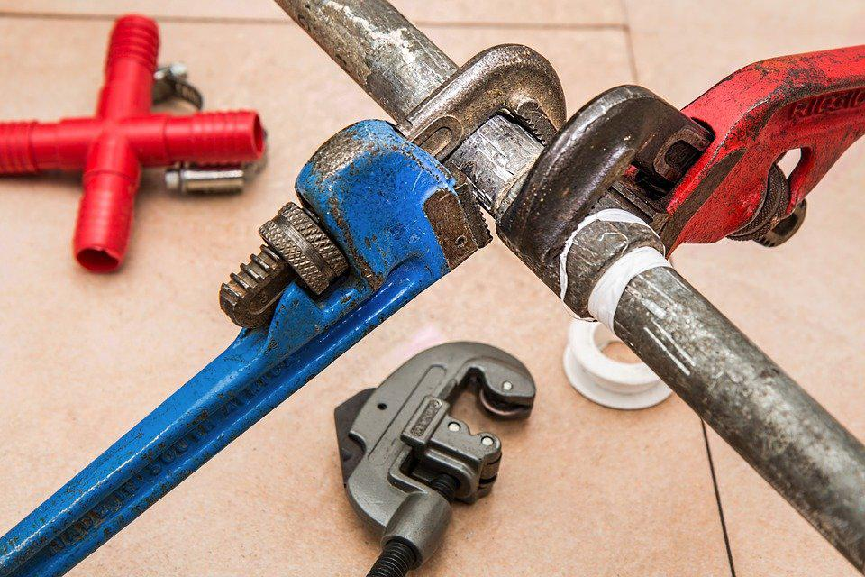 How to Keep the Contact Details of a Plumbing Service Handy?