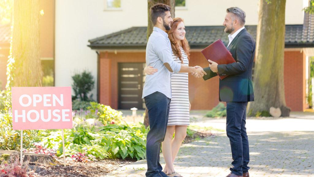 Important Steps To Find Out The Right Estate Agent