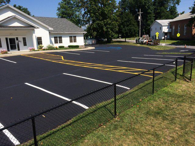 Know the Different Type of Asphalt Driveways for the Homes