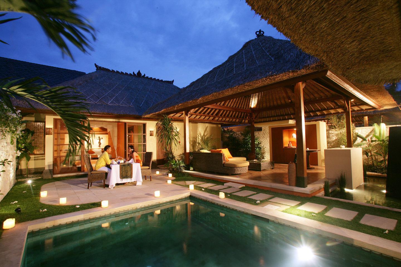 Novotel Benoa pool villa night
