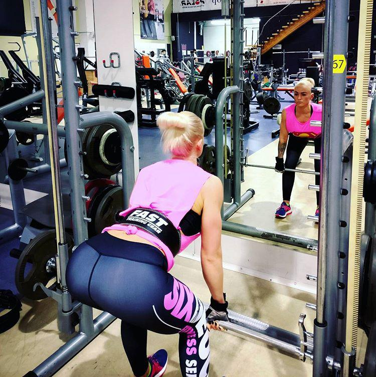 Make a Gym Mirror your Best Workout Motivation – Here's how?