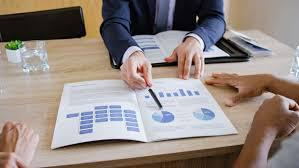 Know the tips for hiring the right financial planner