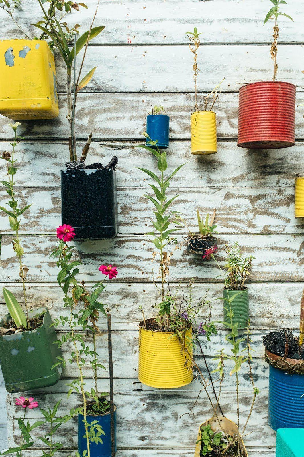 Simple Ways to Decorate Your Exterior Using Old Materials