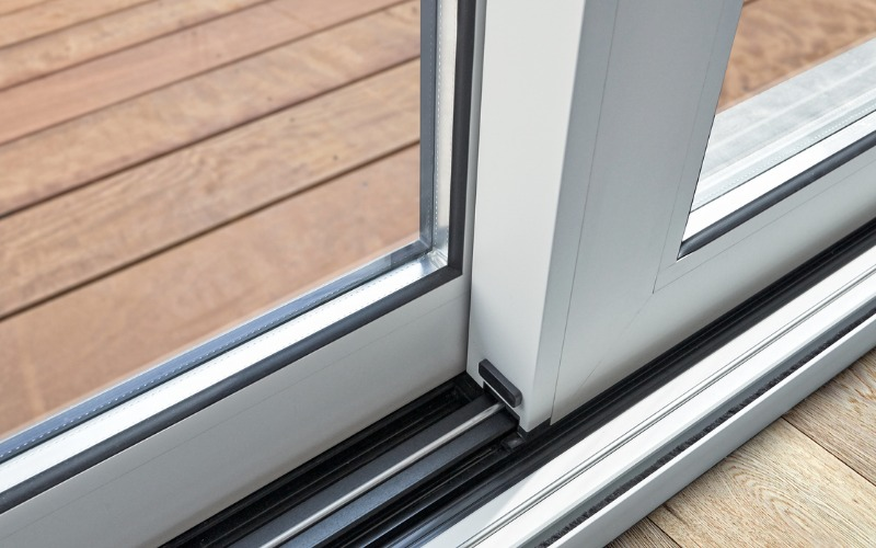 7 DO'S & DON'TS FOR TAKING CARE OF YOUR HOME'S SECURITY DOORS
